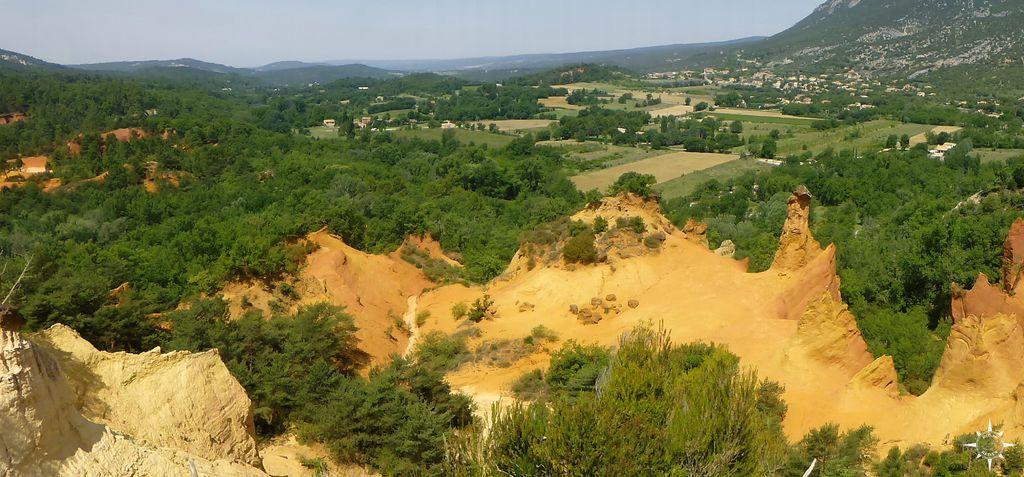 colorado-provencal-rustrel-frankreich (1)