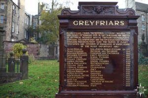 edinburgh-greyfriars-kirkyard-harry-potter-11